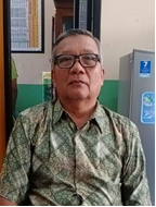 Drs. M. SUBANDI, MM